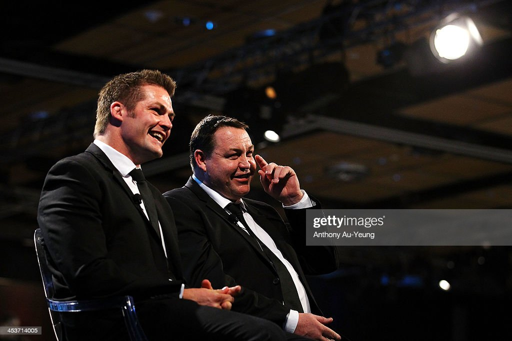 All Black <a gi-track='captionPersonalityLinkClicked' href=/galleries/search?phrase=Richie+McCaw&family=editorial&specificpeople=165235 ng-click='$event.stopPropagation()'>Richie McCaw</a> and Head Coach <a gi-track='captionPersonalityLinkClicked' href=/galleries/search?phrase=Steve+Hansen&family=editorial&specificpeople=228915 ng-click='$event.stopPropagation()'>Steve Hansen</a> are interviewed after receiving the Team of the Year award during the 2013 Steinlager Rugby Awards at SkyCity Convention Centre on December 5, 2013 in Auckland, New Zealand.