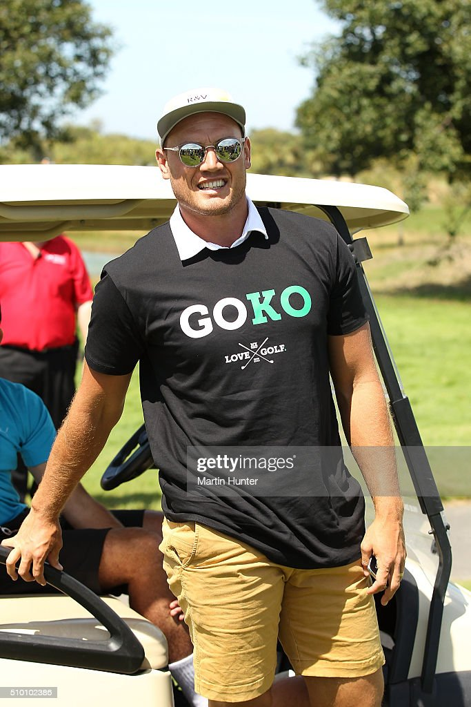 All Blacks rugby player <a gi-track='captionPersonalityLinkClicked' href=/galleries/search?phrase=Israel+Dagg&family=editorial&specificpeople=2086281 ng-click='$event.stopPropagation()'>Israel Dagg</a> shows his support for Lydia Ko during the 3rd round of the New Zealand Women's Open at Clearwater Golf Club on February 14, 2016 in Christchurch, New Zealand.