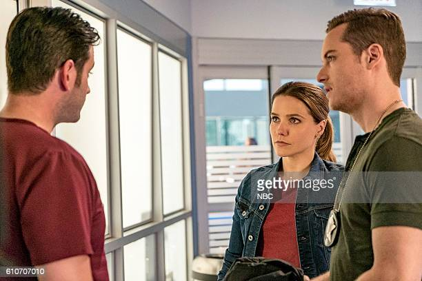 D 'All Cylinders Firing' Episode 405 Pictured Colin Donnell as Connor Rhodes Sophia Bush as Erin Lindsay Jesse Lee Soffer as Jay Halstead