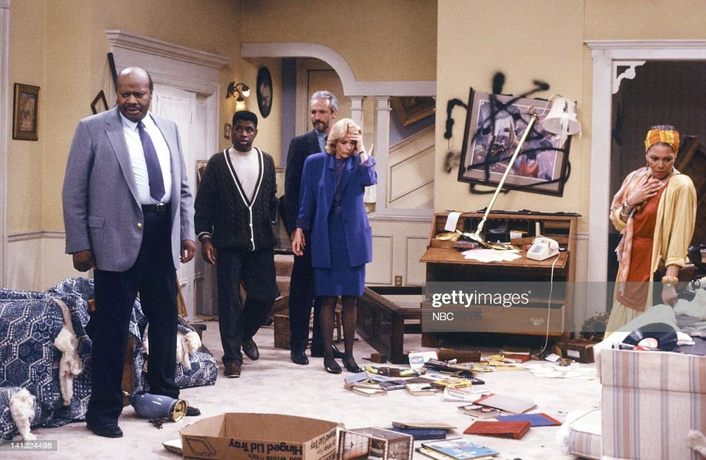 TIES 'All In The Neighborhood Part 2' Episode 18 Pictured John Hancock as Gus Thompson Keith Amos as Michael Thompson Michael Gross as Steven Keaton...