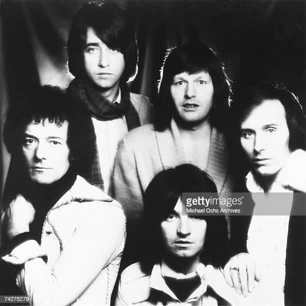 Allan Clarke Tony Hicks Bobby Elliott Bernie Calvert and Terry Sylvester of the rock group 'The Hollies' pose for a portrait in circa 1971