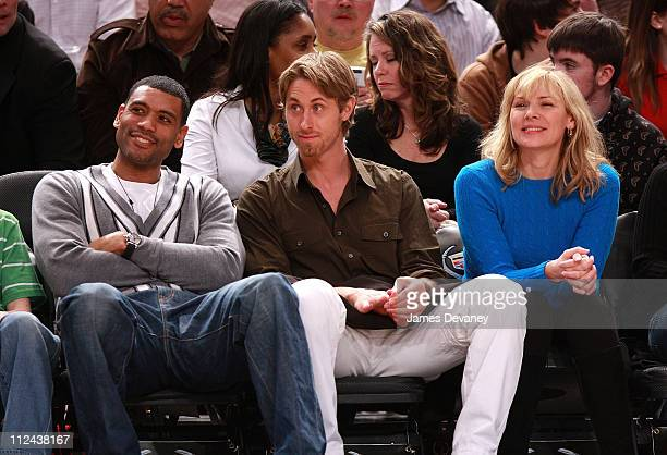 Allan Houston Alan Wyse and Kim Cattrall attend Memphis Grizzlies vs NY Knicks game at Madison Square Garden on March 21 2008 in New York City