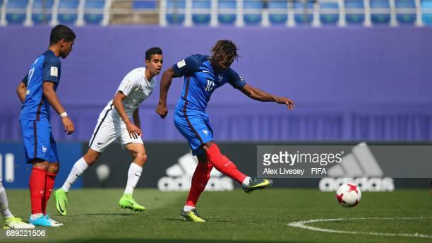Allan SaintMaximin of France scores the opening goal during the FIFA U20 World Cup Korea Republic 2017 group E match between New Zealand and France...
