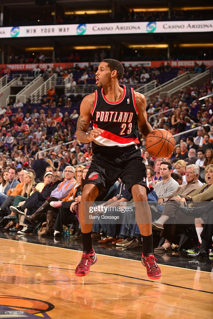 <a gi-track='captionPersonalityLinkClicked' href=/galleries/search?phrase=Allen+Crabbe&family=editorial&specificpeople=7447799 ng-click='$event.stopPropagation()'>Allen Crabbe</a> #23 of the Portland Trail Blazers dribbles the ball against the Phoenix Suns on November 27, 2013 at U.S. Airways Center in Phoenix, Arizona.