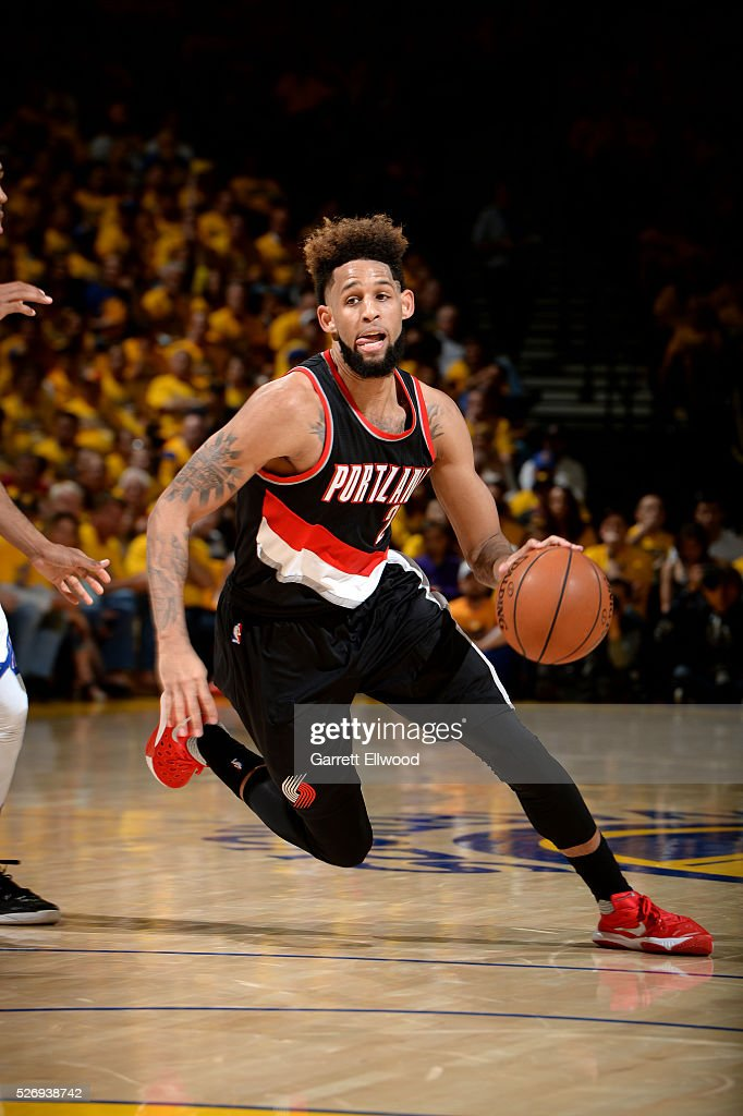 Allen Crabbe #23 of the Portland Trail Blazers drives to the basket during the game against the Golden State Warriors in Game One of the Western Conference Semifinals during the 2016 NBA Playoffs on May 1, 2016 at ORACLE Arena in Oakland, California.