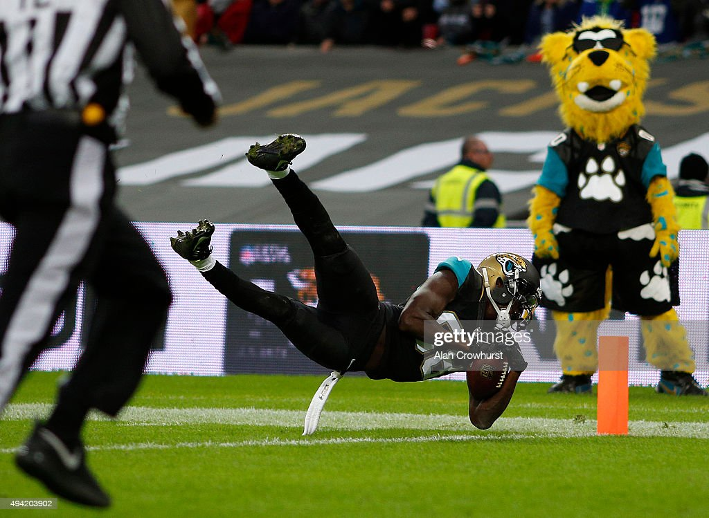 Allen Hurns #88 of Jacksonville Jaguars scores the winning touchdown during the NFL game against the Buffalo Bills at Wembley Stadium on October 25, 2015 in London, England.