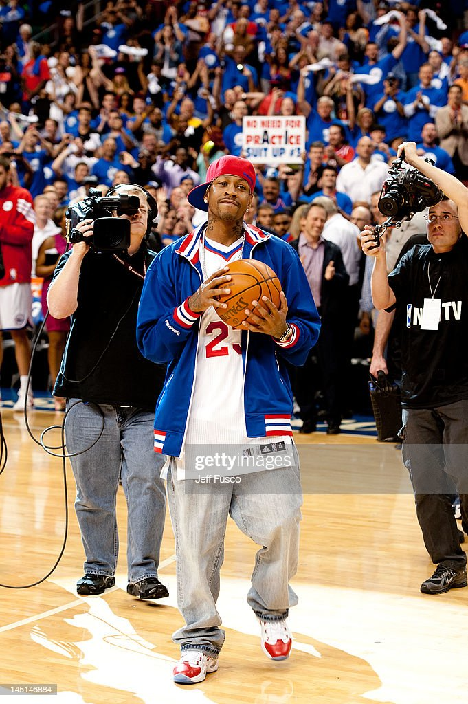 <a gi-track='captionPersonalityLinkClicked' href=/galleries/search?phrase=Allen+Iverson+-+Basketball+Player&family=editorial&specificpeople=201479 ng-click='$event.stopPropagation()'>Allen Iverson</a> greets the crowd at the Wells Fargo Center on May 23, 2012 in Philadelphia, Pennsylvania. Iverson's original Reebok Question re-launches Friday, May 25th for the first time since 1996.