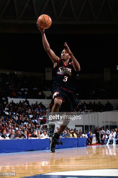 Allen Iverson of the Philadelphia 76ers drives to the basket for a layup during an NBA game NOTE TO USER User expressly acknowledges and agrees that...
