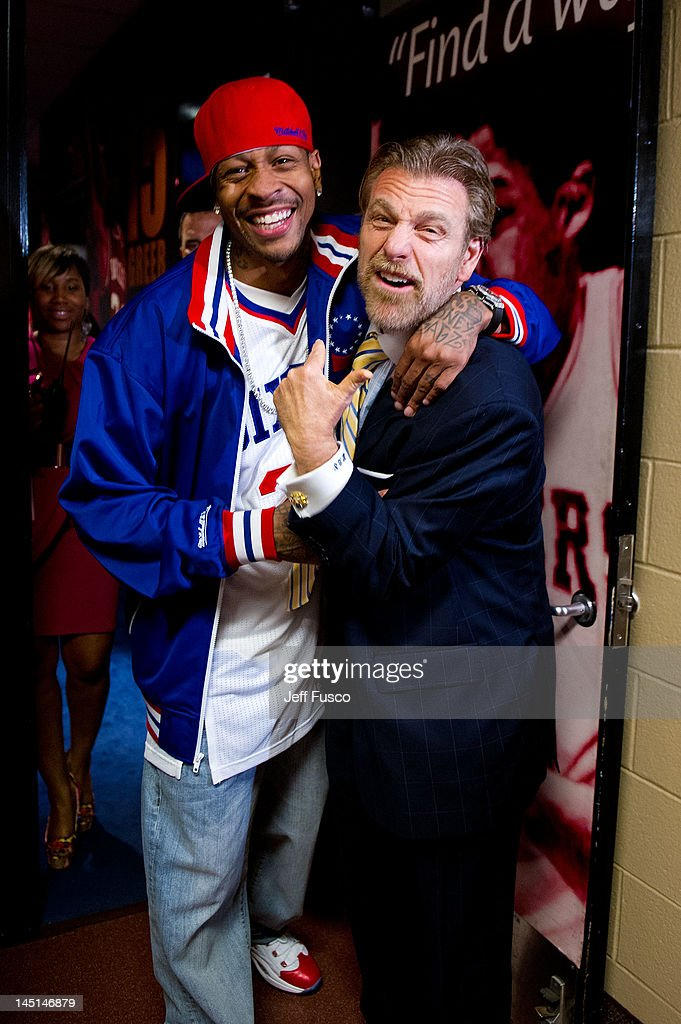 <a gi-track='captionPersonalityLinkClicked' href=/galleries/search?phrase=Allen+Iverson+-+Basketball+Player&family=editorial&specificpeople=201479 ng-click='$event.stopPropagation()'>Allen Iverson</a> (L) poses with sports personality Howard Eskin (R) at the Wells Fargo Center on May 23, 2012 in Philadelphia, Pennsylvania. Iverson's original Reebok Question re-launches Friday, May 25th for the first time since 1996.