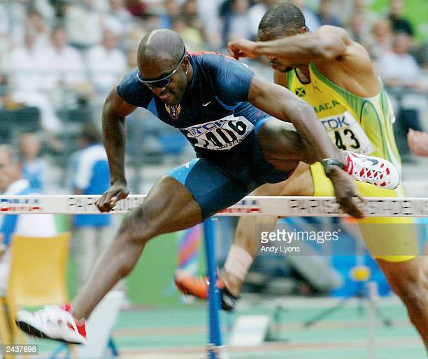 Allen Johnson of USA in action in the men's 110m Hurdles heats at the 9th IAAF World Athletics Championship August 28 2003 in Paris