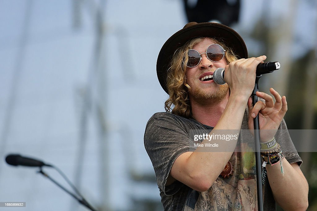 <a gi-track='captionPersonalityLinkClicked' href=/galleries/search?phrase=Allen+Stone&family=editorial&specificpeople=7456274 ng-click='$event.stopPropagation()'>Allen Stone</a> performs on stage during day 3 of the BottleRock music Festival on May 11, 2013 in Napa, California.