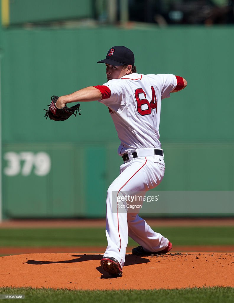 Allen Webster #64 of the Boston Red Sox pitches during the first inning against the Seattle Mariners at Fenway Park on August 24, 2014 in Boston, Massachusetts.