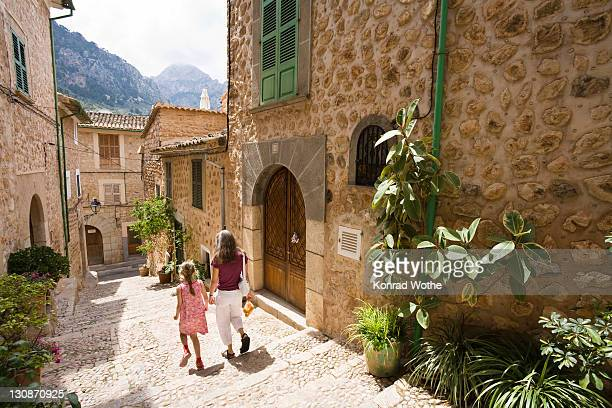Alleyway, Fornalutx, Mallorca, Majorca, Balearic Islands, Spain, Europe