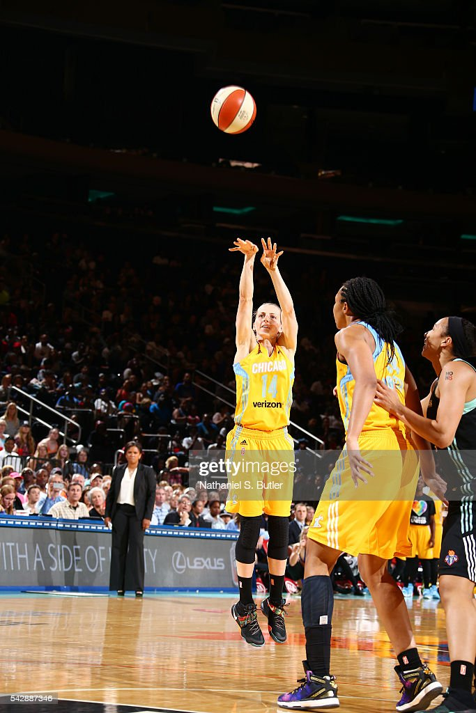 <a gi-track='captionPersonalityLinkClicked' href=/galleries/search?phrase=Allie+Quigley&family=editorial&specificpeople=5133567 ng-click='$event.stopPropagation()'>Allie Quigley</a> #14 of the Chicago Sky shoots the ball against the New York Liberty on June 24, 2016 at Madison Square Garden in New York, New York.