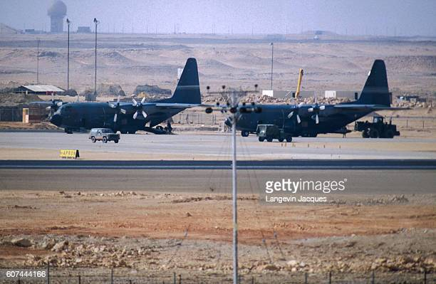 gulf war between iraq and kuwait essay Gulf war and large field hospital essay  throughout the course of the gulf war a war between iraq and a  the gulf war originally started between iraq and kuwait.