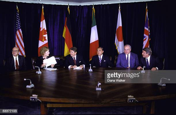 Allied miniSummit during 40th Anniversary of UN celebration L to R Italy's Prime Minister Bettino Craxi British Prime Minister Margaret Thatcher US...