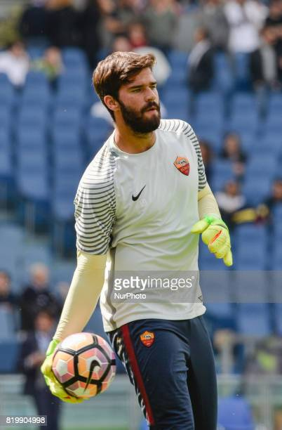 Allison Becker during the Italian Serie A football match between AS Roma and AC Atalanta at the Olympic Stadium in Rome on april 15 2017