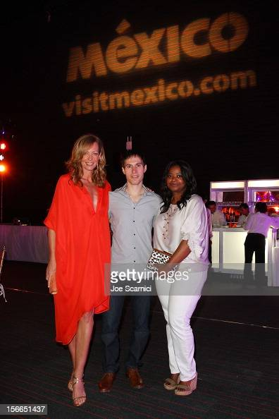 Allison Janney Sean Cross and...