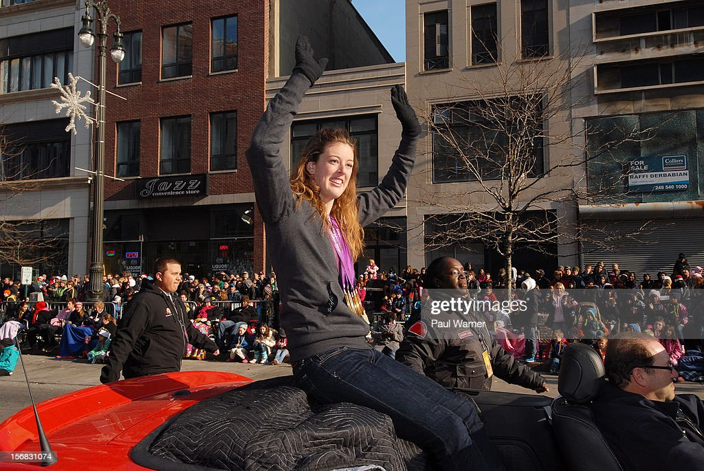 <a gi-track='captionPersonalityLinkClicked' href=/galleries/search?phrase=Allison+Schmitt&family=editorial&specificpeople=4443033 ng-click='$event.stopPropagation()'>Allison Schmitt</a> ,Olympic Medalist, attends America's Thanksgiving Day Parade at Woodward Avenue on November 22, 2012 in Detroit, Michigan.