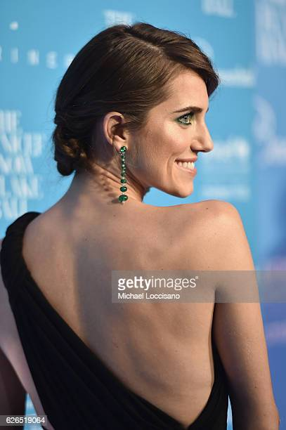 Allison Williams attends the 12th Annual UNICEF Snowflake Ball at Cipriani Wall Street on November 29 2016 in New York City