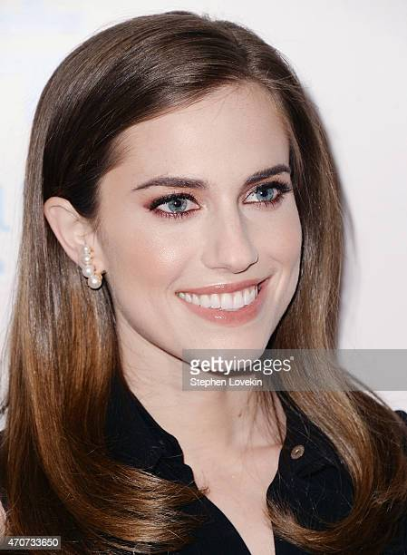 Allison Williams attends the 2015 Housing Works Groundbreaker Awards at Metropolitan Pavilion on April 22 2015 in New York City