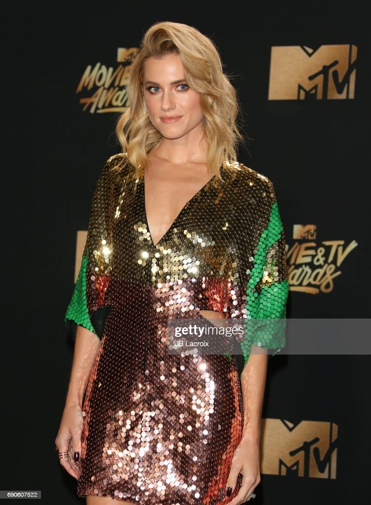 Allison Williams attends the 2017 MTV Movie and TV Awards at The Shrine Auditorium on May 7, 2017 in Los Angeles, California.