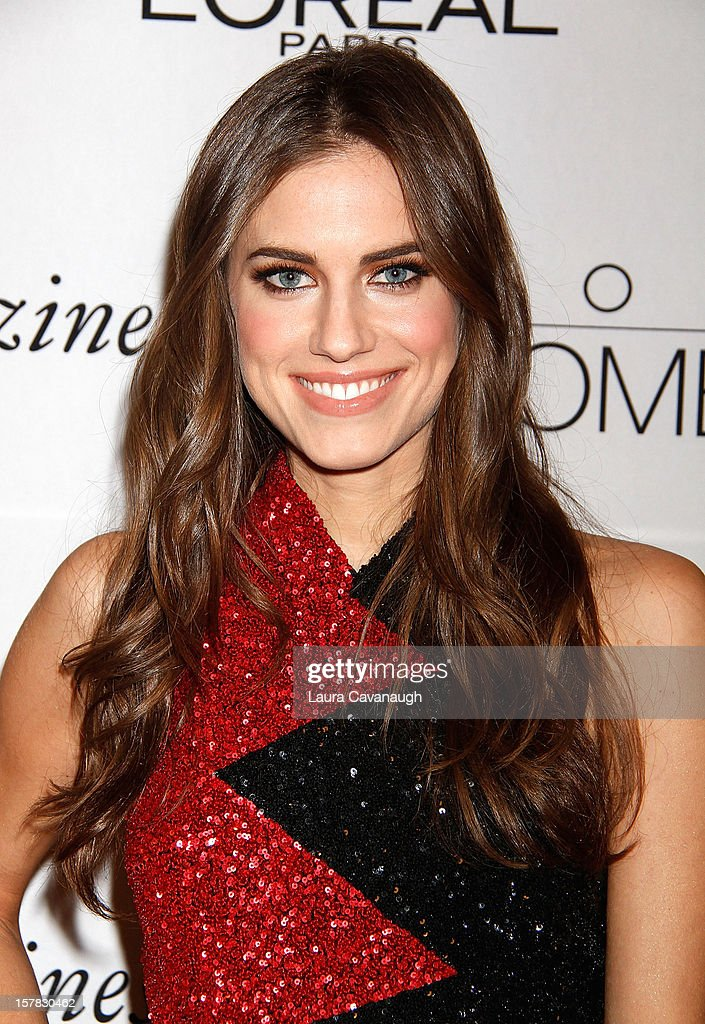 Allison Williams attends the 7th annual Women Of Worth Awards at Hearst Tower on December 6, 2012 in New York City.
