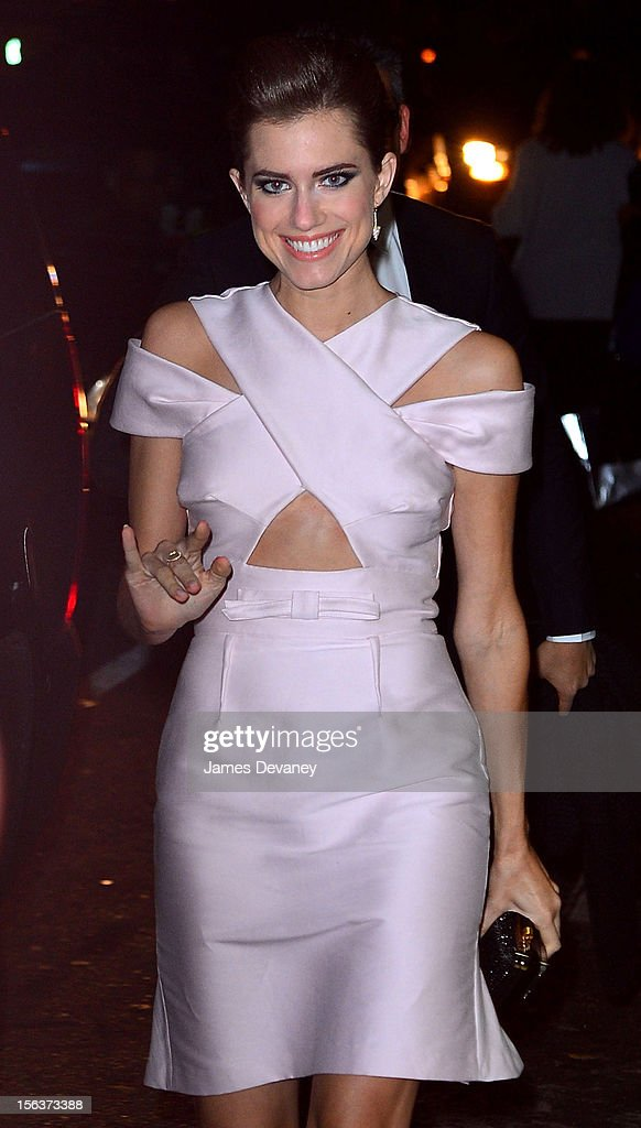 Allison Williams attends The Ninth Annual CFDA/Vogue Fashion Fund Awards at 548 West 22nd Street on November 13, 2012 in New York City.