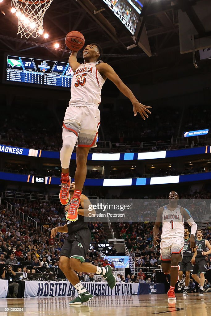 Allonzo Trier #35 of the Arizona Wildcats dunks the ball against the North Dakota Fighting Sioux during the first round of the 2017 NCAA Men's Basketball Tournament at Vivint Smart Home Arena on March 16, 2017 in Salt Lake City, Utah.