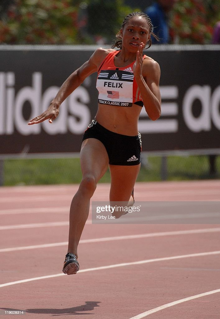 <a gi-track='captionPersonalityLinkClicked' href=/galleries/search?phrase=Allyson+Felix&family=editorial&specificpeople=213459 ng-click='$event.stopPropagation()'>Allyson Felix</a> won the women's 200 meters in 22.18 in the adidas Track Classic at the Home Depot Center in Carson, Calif. on Sunday, May 20, 2007.