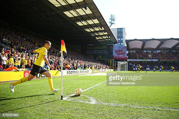 Almen Abdi of Watford takes a corner during the Sky Bet Championship match between Watford and Birmingham City at Vicarage Road on April 18 2015 in...