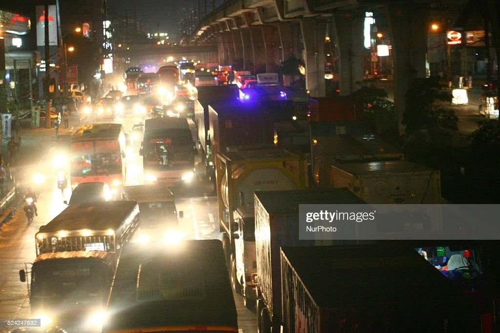 Almost no movement for the vehicles in the south bound lane of North Luzon Express Way in Balintawak Caloocan City due to heavy traffic caused by...