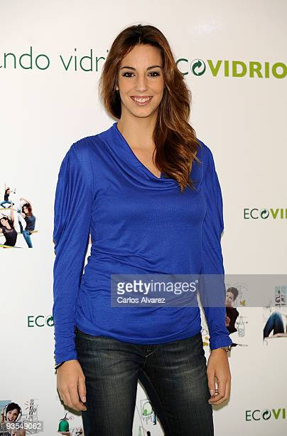 Almudena Cid attends the presentation of 'Ecovidrio Calendar' on December 2 2009 in Madrid Spain