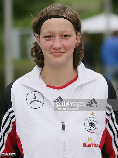 Almuth Schult poses during the photo call of the Women's U15 German National Team on August 14 2006 in Uslar Germany