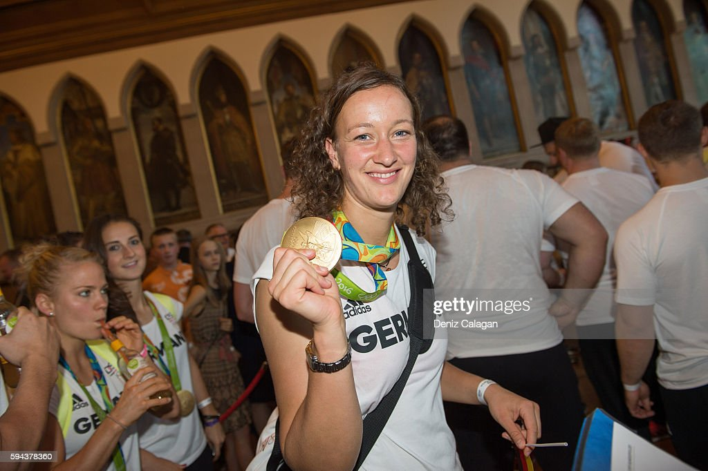 Almuth Schult poses with her gold medal on August 23 2016 in Frankfurt am MaIN GERMANY