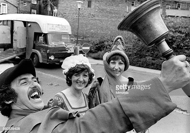 Alnwick Town Crier George Neighbour bellows to opens Alnwick Fair with maidens Dorothy Brewis and Susan Knox 22 June 1979