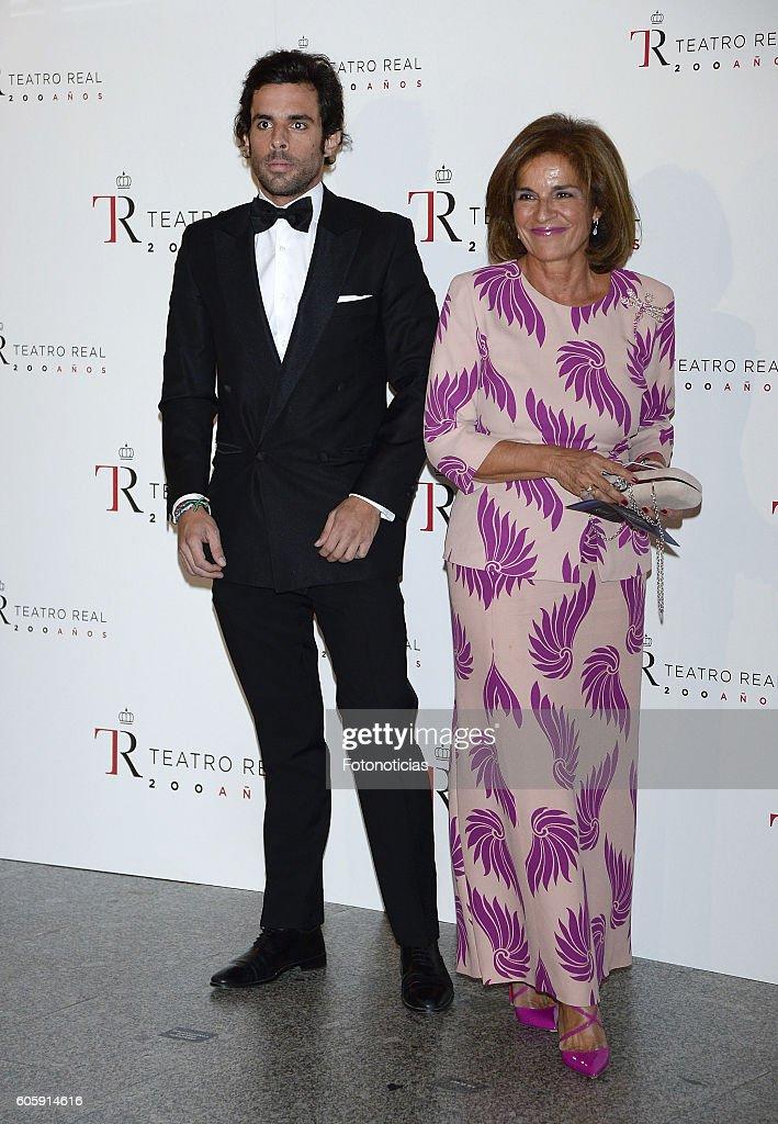 Spanish Royals Inaugurate Royal Theatre Season
