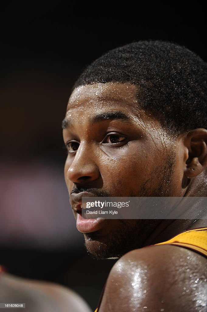 <a gi-track='captionPersonalityLinkClicked' href=/galleries/search?phrase=Alonzo+Gee&family=editorial&specificpeople=801443 ng-click='$event.stopPropagation()'>Alonzo Gee</a> #33 of the Cleveland Cavaliers during the game against the Boston Celtics at The Quicken Loans Arena on January 22, 2013 in Cleveland, Ohio.