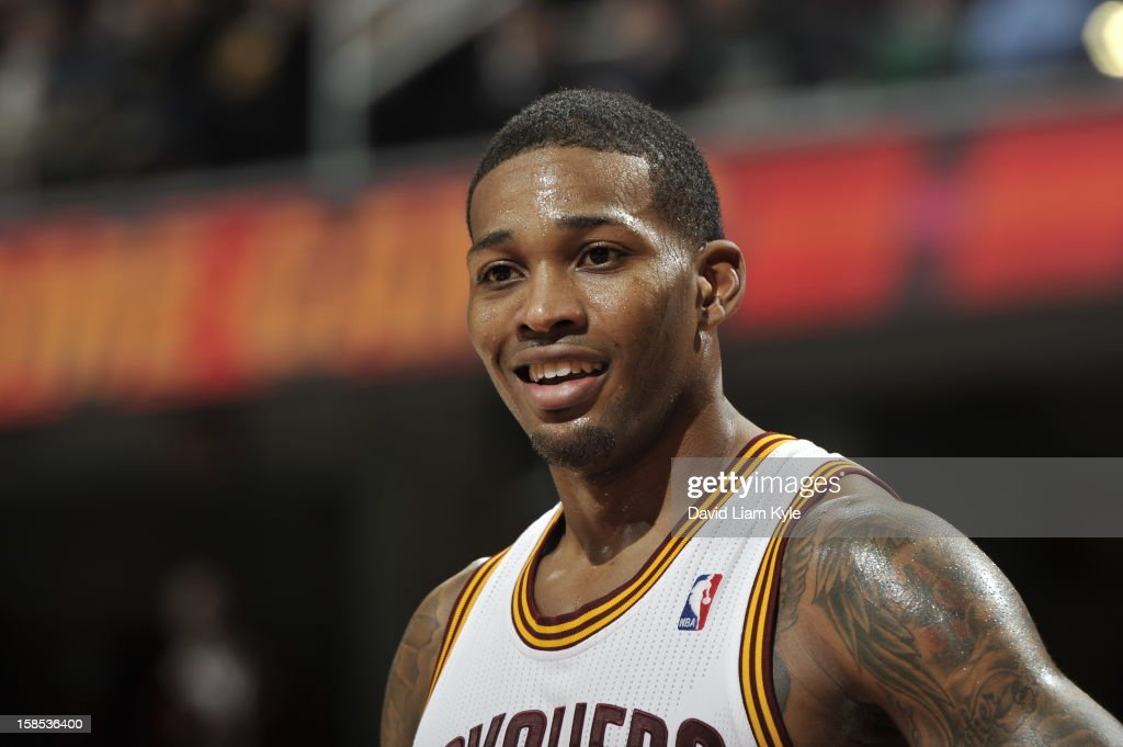 <a gi-track='captionPersonalityLinkClicked' href=/galleries/search?phrase=Alonzo+Gee&family=editorial&specificpeople=801443 ng-click='$event.stopPropagation()'>Alonzo Gee</a> #33 of the Cleveland Cavaliers looks on during a foul shot against the Portland Trail Blazers at The Quicken Loans Arena on December 1, 2012 in Cleveland, Ohio.