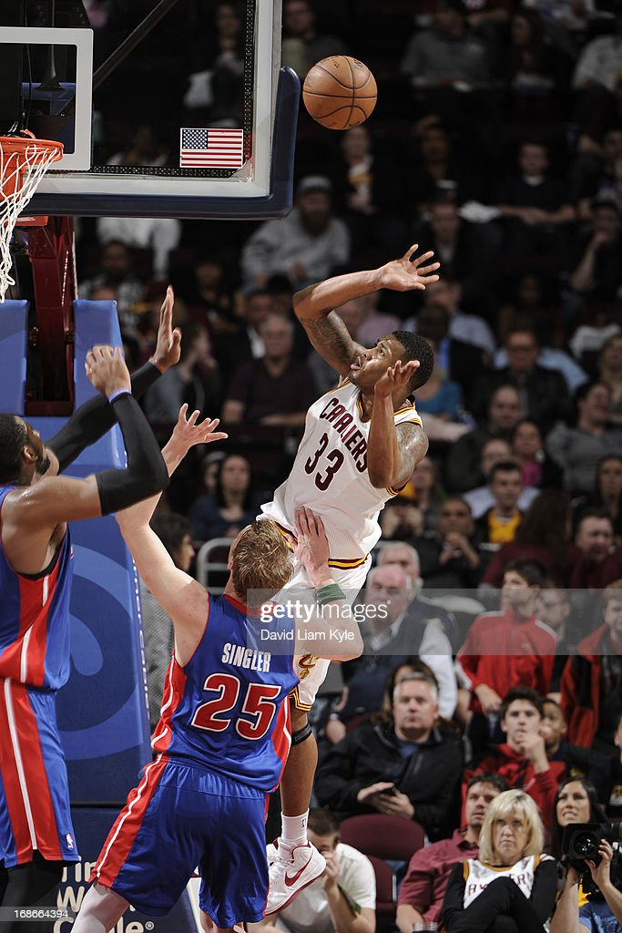 <a gi-track='captionPersonalityLinkClicked' href=/galleries/search?phrase=Alonzo+Gee&family=editorial&specificpeople=801443 ng-click='$event.stopPropagation()'>Alonzo Gee</a> #33 of the Cleveland Cavaliers puts up a shot against the Detroit Pistons at The Quicken Loans Arena on April 10, 2013 in Cleveland, Ohio.