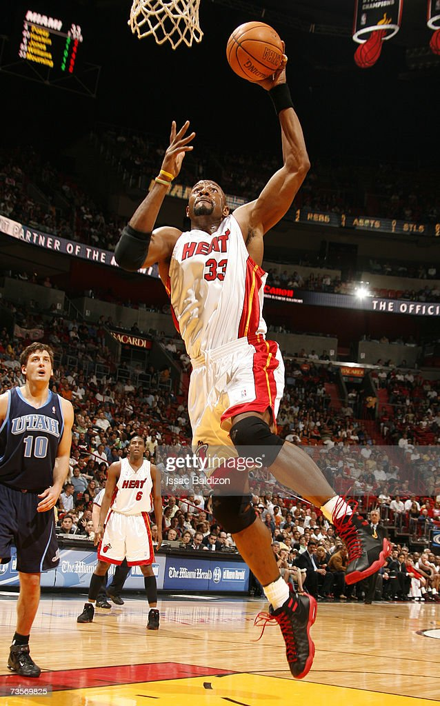 Alonzo Mourning of the Miami Heat dunks against the Utah Jazz on March 13 2007 at American Airlines Arena in Miami Florida NOTE TO USER User...