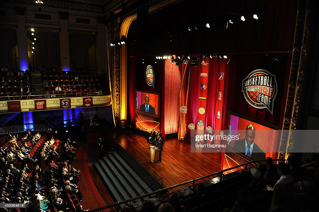 <a gi-track='captionPersonalityLinkClicked' href=/galleries/search?phrase=Alonzo+Mourning&family=editorial&specificpeople=201732 ng-click='$event.stopPropagation()'>Alonzo Mourning</a> Speaks during the 2014 Basketball Hall of Fame Enshrinement Ceremony on August 8, 2014 at the Mass Mutual Center in Springfield, Massachusetts.