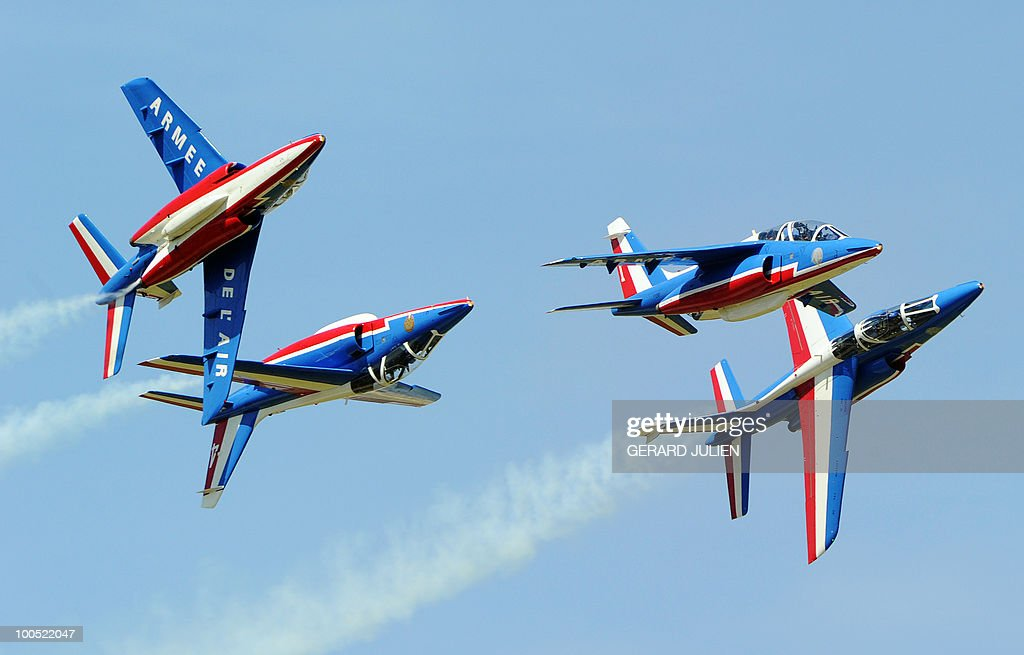 Alphajet aircrafts perform during the 2010 presentation show of the French aerobatics team Patrouille de France, on May 25, 2010 in the French southeastern city of Salon-de-Provence.