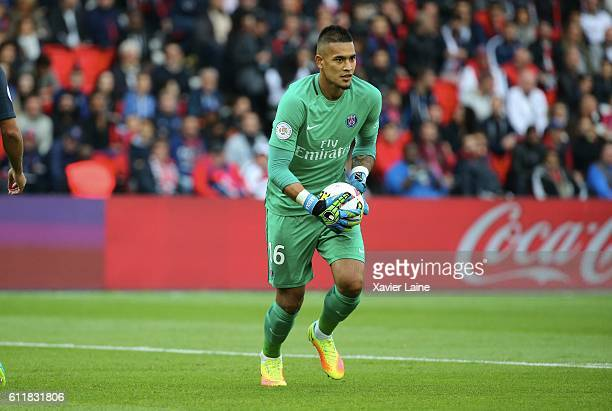 Alphonse Areola of Paris SaintGermain during the French Ligue 1 match between Paris SaintGermain and Girondins de Bordeaux FC at Parc des Princes on...