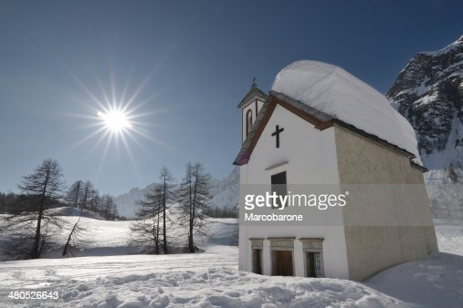 Alpine Chapel in backlight : Stockfoto