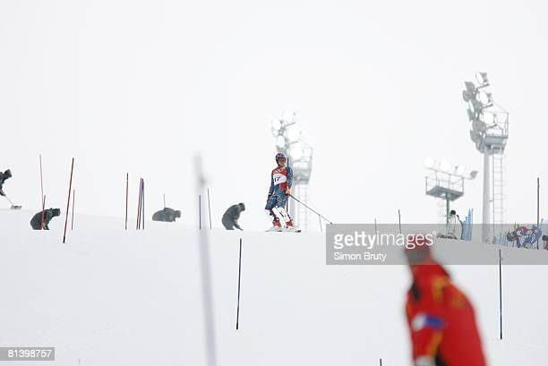 Alpine Skiing 2006 Winter Olympics USA Bode Miller upset after failing to finish Slalom 1st Run at Sestriere Colle Sestriere Italy 2/25/2006