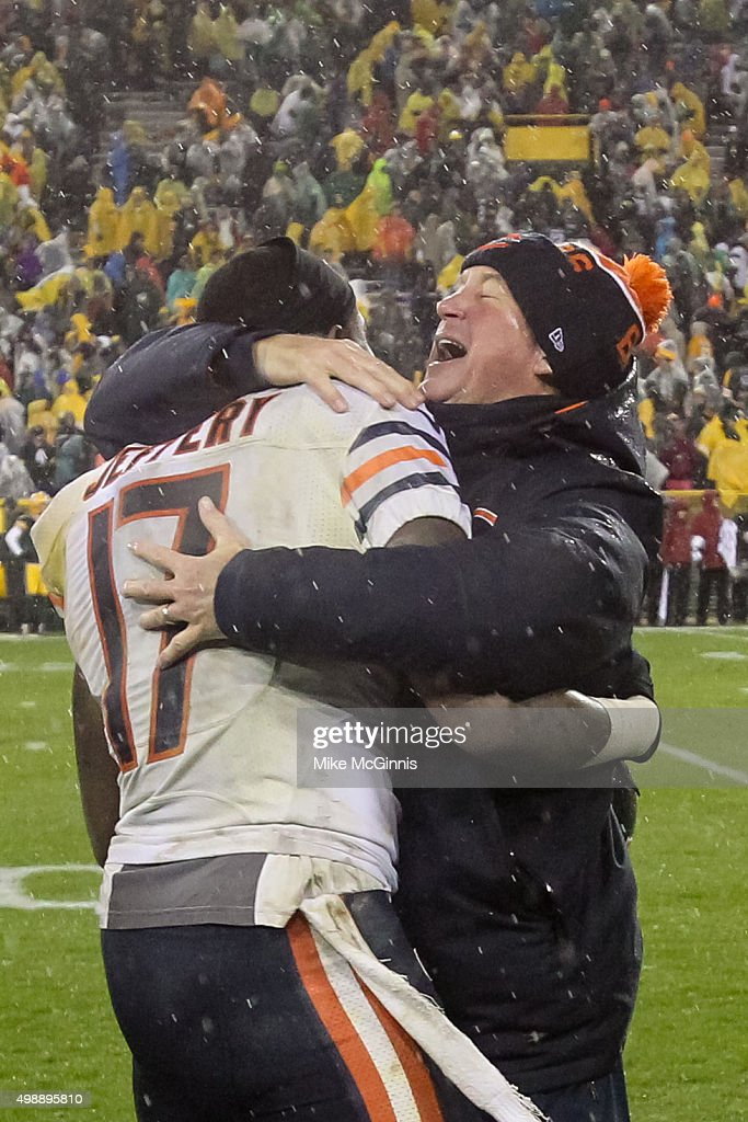 <a gi-track='captionPersonalityLinkClicked' href=/galleries/search?phrase=Alshon+Jeffery&family=editorial&specificpeople=6493995 ng-click='$event.stopPropagation()'>Alshon Jeffery</a> #17 and head coach <a gi-track='captionPersonalityLinkClicked' href=/galleries/search?phrase=John+Fox+-+Trainer&family=editorial&specificpeople=206657 ng-click='$event.stopPropagation()'>John Fox</a> of the Chicago Bears hug after defeating the Green Bay Packers at Lambeau Field on November 26, 2015 in Green Bay, Wisconsin. The Chicago Bears defeated the Green Bay Packers 17 to 13.