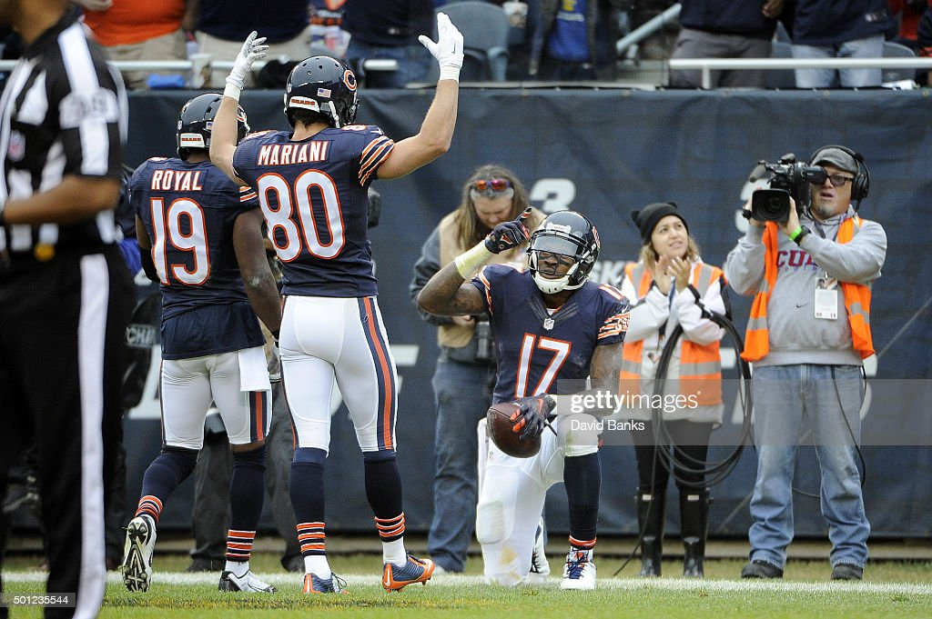 Alshon Jeffery #17 celebrates a touchdown with Eddie Royal #19 and Marc Mariani #80 of the Chicago Bears during the second quarter against the Washington Redskins on December 13, 2015 at Soldier Field in Chicago, Illinois.