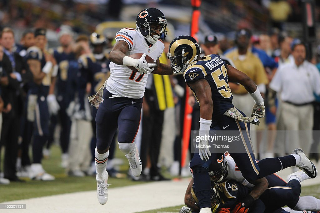 <a gi-track='captionPersonalityLinkClicked' href=/galleries/search?phrase=Alshon+Jeffery&family=editorial&specificpeople=6493995 ng-click='$event.stopPropagation()'>Alshon Jeffery</a> #17 of the Chicago Bears is forced out of bounds by <a gi-track='captionPersonalityLinkClicked' href=/galleries/search?phrase=Alec+Ogletree&family=editorial&specificpeople=7303236 ng-click='$event.stopPropagation()'>Alec Ogletree</a> #52 of the St. Louis Rams at the Edward Jones Dome on November 24, 2013 in St. Louis, Missouri.