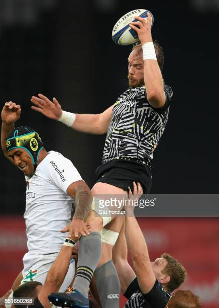 Alun Wyn Jones of Ospreys wins a line out ball during the European Rugby Champions Cup match between Ospreys and ASM Clermont Auvergne at Liberty...